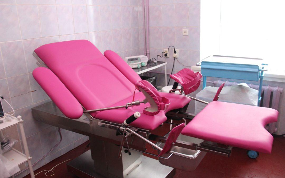 Krankenhaus Baryschiwka bekommt von der Regine-Sixt-Stiftung eine neue Ausrüstung für das Geburtszimmer